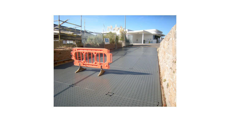 DuraMatt Single Sided Access Mat - 2400mm x 1200mm x 6mm - 18kg