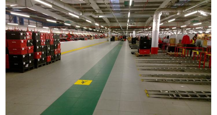 Ecotile 500/7 Interlocking PVC Flooring Tile 500mm x 500mm x 7mm