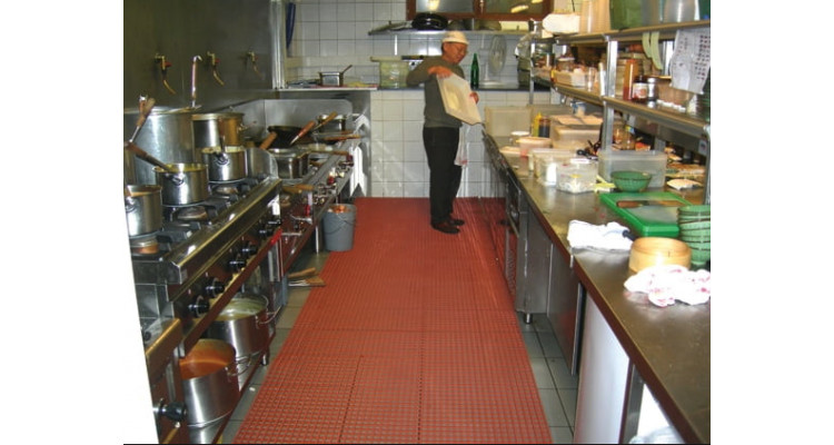 Herongripa Animal Fat Resistant Food Processing Anti-Slip Matting - 10m x 60cm