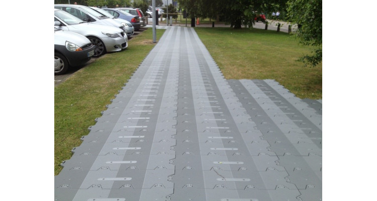 Supa-Trac Lite Temporary Event Flooring - 966mm x 275mm x 27mm - 0.99kg